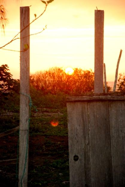 puerta y sunset ayampe