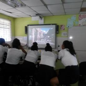 Colegio Nicaragua watching the documentary